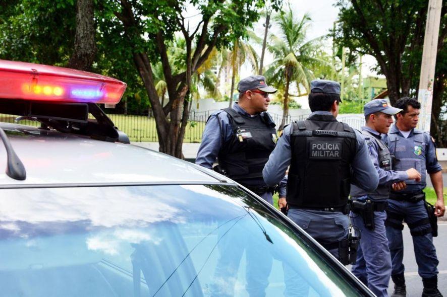 Policiais militares foram verificar uma ocorrência de agressão e acabaram encontrando drogas em imóvel