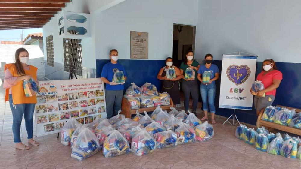 Rede Sociedade Solidária da LBV no combate aos impactos da pandemia distribui mais de 2 toneladas e meia de doações em Várzea Grande.