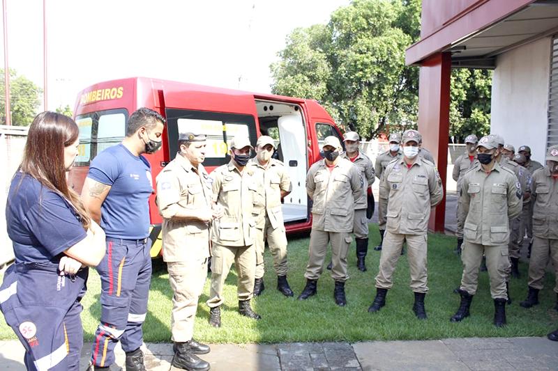 Solenidade simbólica de entrega da Unidade Resgate para o 3º Batalhão Bombeiro Militar (Foto – Divulgação)